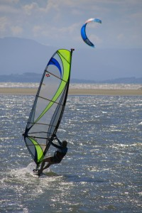 Sailing the Sea Breeze at Tahunanui